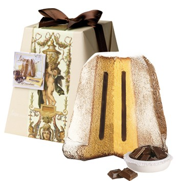 Classic Pandoro Barocco with Chocolate